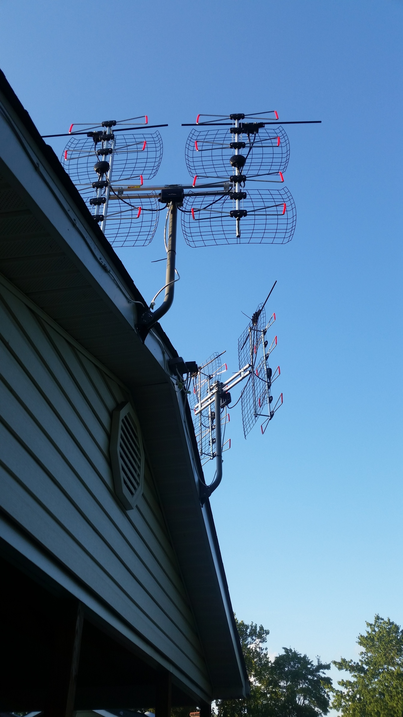 how to get local channels with antenna